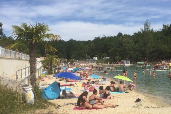La plage de sable fin